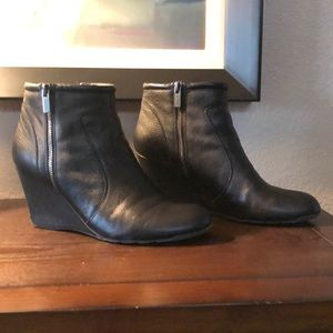 Kenneth Cole Reaction boot, size 10